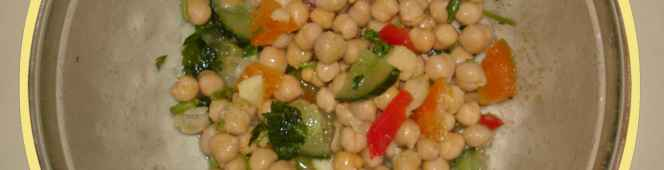 Chickpea Salad Recipe – 30 minutes prep, goes well with meat and bread